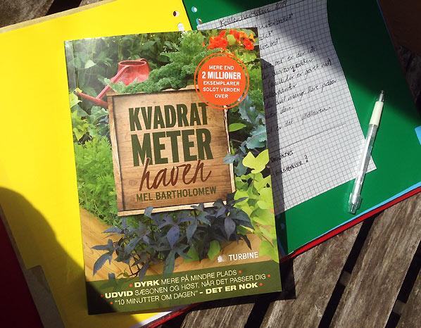 """Vind """"Kvadratmeterhaven"""" – Havebog med store idéer til den lille have"""