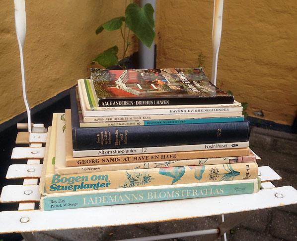 Find havebøger på loppemarkeder